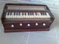 Антично пиано въздушно